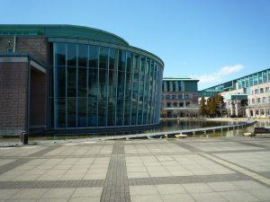高知工科大学 附属情報図書館